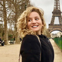 French tutoring in Paris with a parisian girl : CONTACT ME !