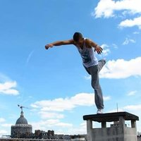 Guide/Coach Sportif ~ Art du déplacement/l'acrobatie Urbaine [ Parkour/Freerun/Art du Mouvement ] Paris / Île de France