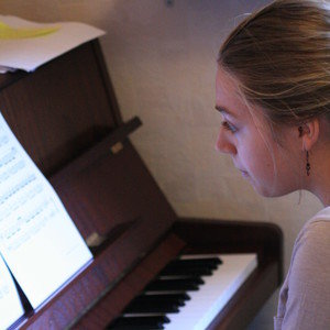 H l ne dijon c te d 39 or cours de piano classique - Cours de piano montpellier ...