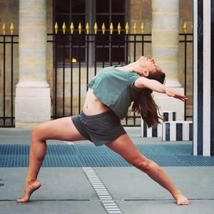 Belinda paris 20e paris danseuse professionelle et for Cours danse classique barre