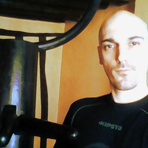 Antoine Paris 11eparis Pratiquant Confirmé Donne Cours De Wing