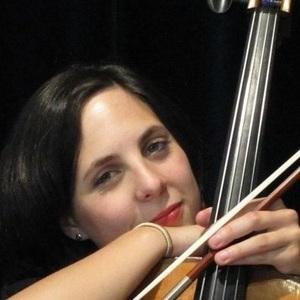 laetitia martigues bouches du rh ne professeur diplomee d 39 etat donne cours de violoncelle. Black Bedroom Furniture Sets. Home Design Ideas